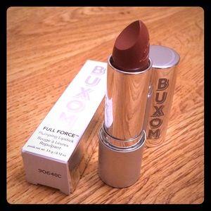 ⭐️Buxom Full Force Plumping Lipstick Boss
